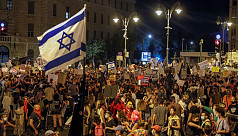 Thousands demand Netanyahu resign over Covid-19 handling