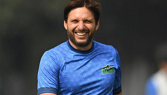 Afridi, his wife, daughters test negative...