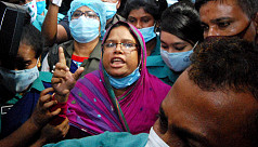 DU suspends Assistant Registrar Sharmin after fake N95 mask case