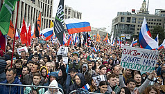 Thousands protest against Kremlin in Russian far east for third weekend