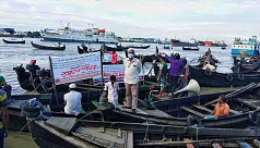 Chittagong Sampan boatmen on day-long...