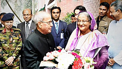 PM Hasina pays last respect to Pranab Mukherjee
