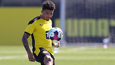 Sancho jets off with Dortmund as Man Utd switch deadline expires