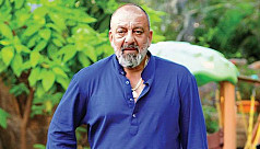 Sanjay Dutt completes first chemotherapy...