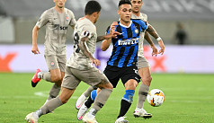 Martinez dazzles as Inter demolish...