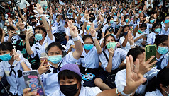 Hundreds of Thai students rally to demand school reform