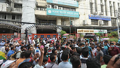 Migrant workers withdraw siege after...