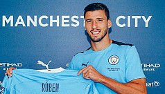 Man City seal £62m deal for Dias