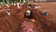 Anti-maskers dig graves as punishment...