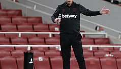Moyes, two West Ham players test Covid-19 positive
