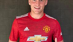 Utd sign Donny van de Beek from...