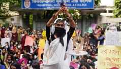 In Pictures: Anti-rape protests in Dhaka...