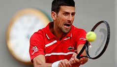 Djokovic storms to 70th win at Roland...