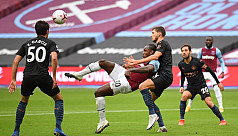 Foden rescues City in West Ham draw