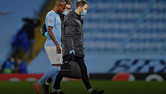 Fernandinho out for 4-6 weeks