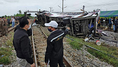 20 dead in Thailand bus-train...