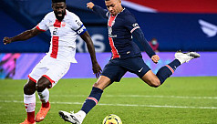 PSG go top with 4-0 win