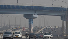 New Delhi chokes on severe smog as farm...