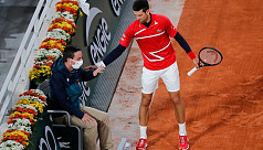 Djokovic suffers deja vu after hitting...
