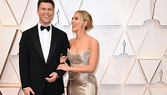 Scarlett Johansson ties the knot with comedian Colin Jost