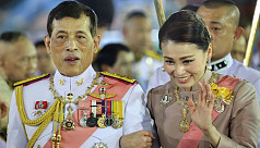 Thai king's praise for defiant loyalist...