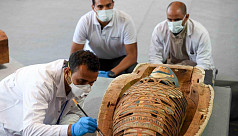 Egypt finds treasure trove of over 100 sarcophagi