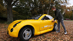 Dutch students build electric car from...