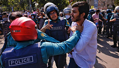 Police remove medical students from Shahbagh