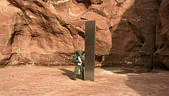 Mysterious obelisk in US desert draws wild theories