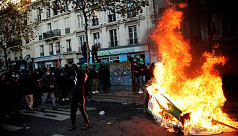 French protesters clash with police...