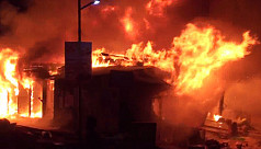 Fire at Gazipur's Kaliakoir Bazar, 100 shops gutted