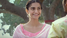 Sonam Kapoor: 'I don't work with producers who pay women less'