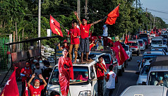 Suu Kyi's party wins absolute majority...