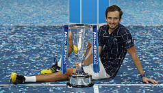 Medvedev beats Thiem to win ATP Finals