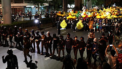 Thai protesters target royal guards...