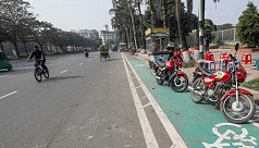 In pictures: Occupying bicycle lane illegally