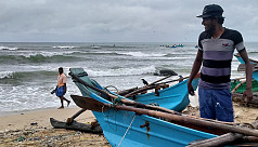 Cyclone hits Sri Lanka as southern India...