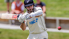 Williamson cracks career-high Test score