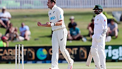 Southee takes 300th wicket as NZ edge...