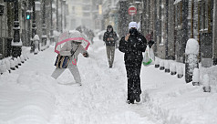Deadly snowstorms cause chaos across Spain
