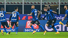 Inter shock Juve to move level with leaders Milan
