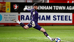 Newport GK King sets world record with...