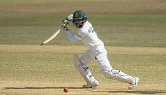 Majestic Mominul reaches new high in...