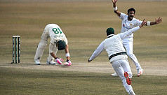 Hasan Ali takes 10 wickets as Pakistan sweep Test series v S Africa