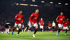Solskjaer not giving up hope of catching City
