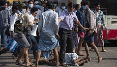 Clashes in Yangon as Myanmar nears a...
