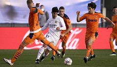 Real Madrid finding rhythm after strolling past Valencia