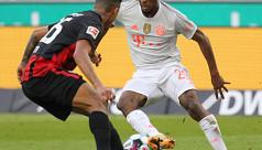 Younes sparkles as Eintracht stun...