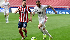 Benzema pounces late on to deny Atletico...
